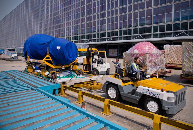 Hactl bulky cargo in Hong Kong