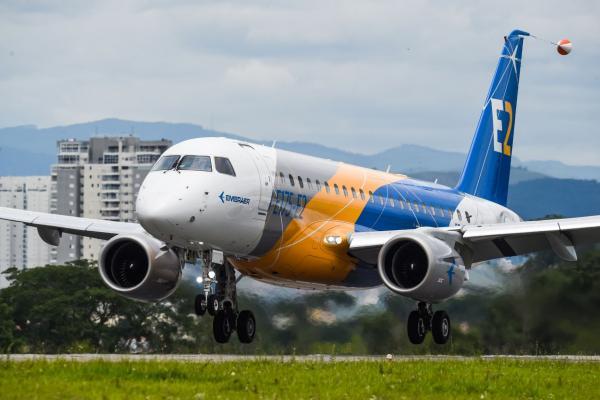 Embraer E175-E2 first flight