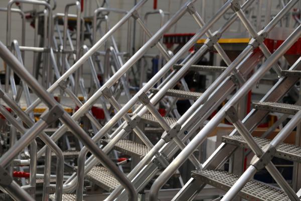 Aircraft hangar safety