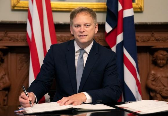 UK US, covid airports, Grant Schapps, slot waiver, aviation jobs, sustainable